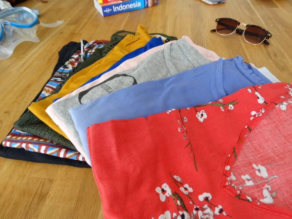 backpacken-wat-meenemen-luchtige -shirts