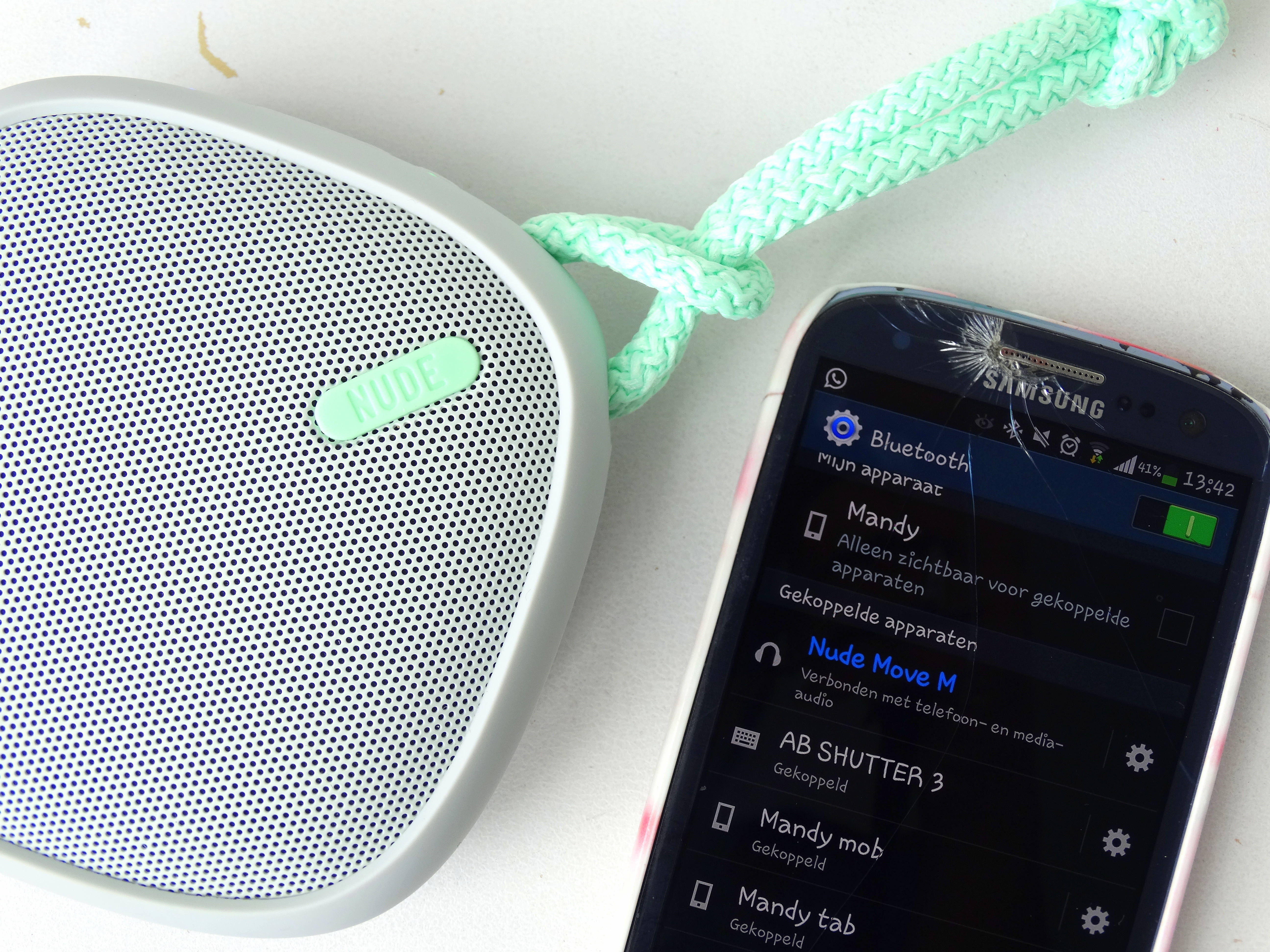 Badkamer Speaker Bluetooth : ♥ turn up the nude audio speakers alle schöne dinge