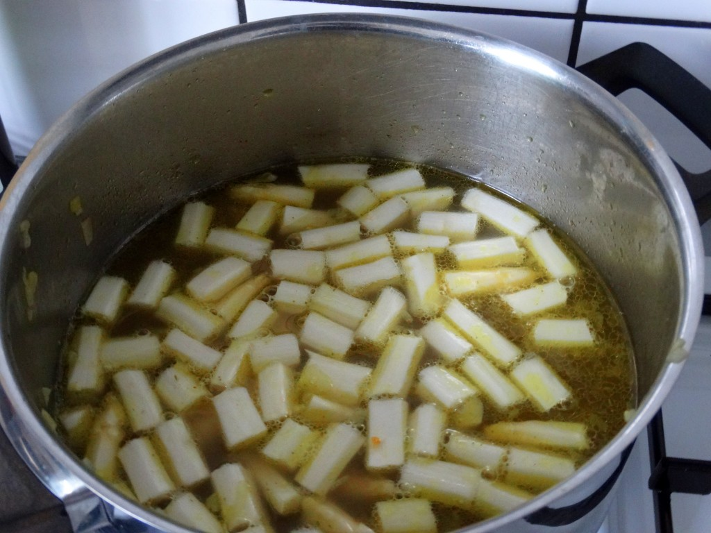 bouillon aspergesoep recept
