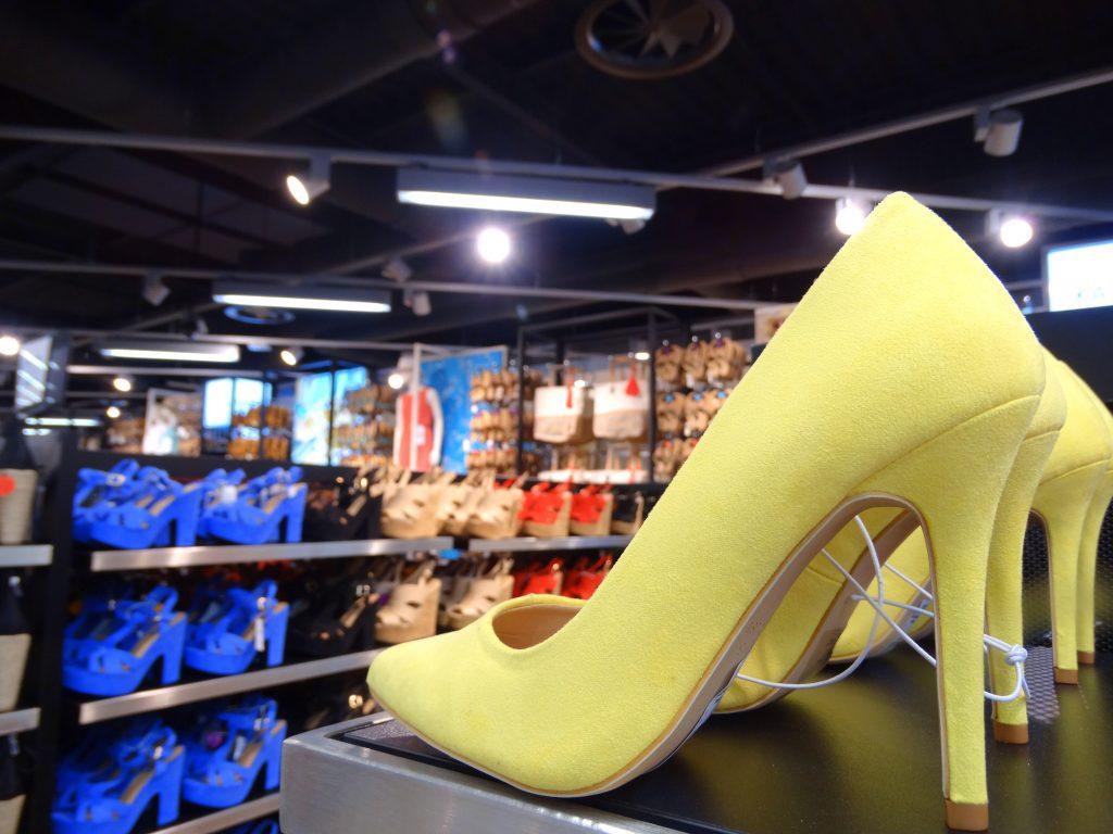 schoenen primark groningen