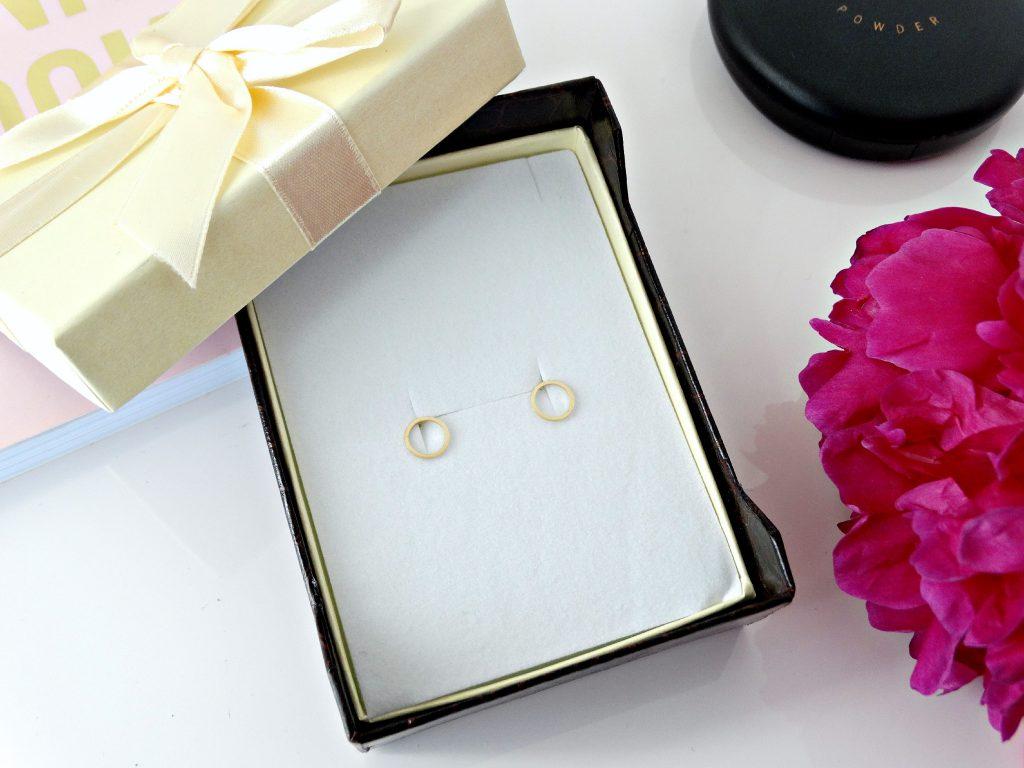 gouden oorbellen mostert juweliers review