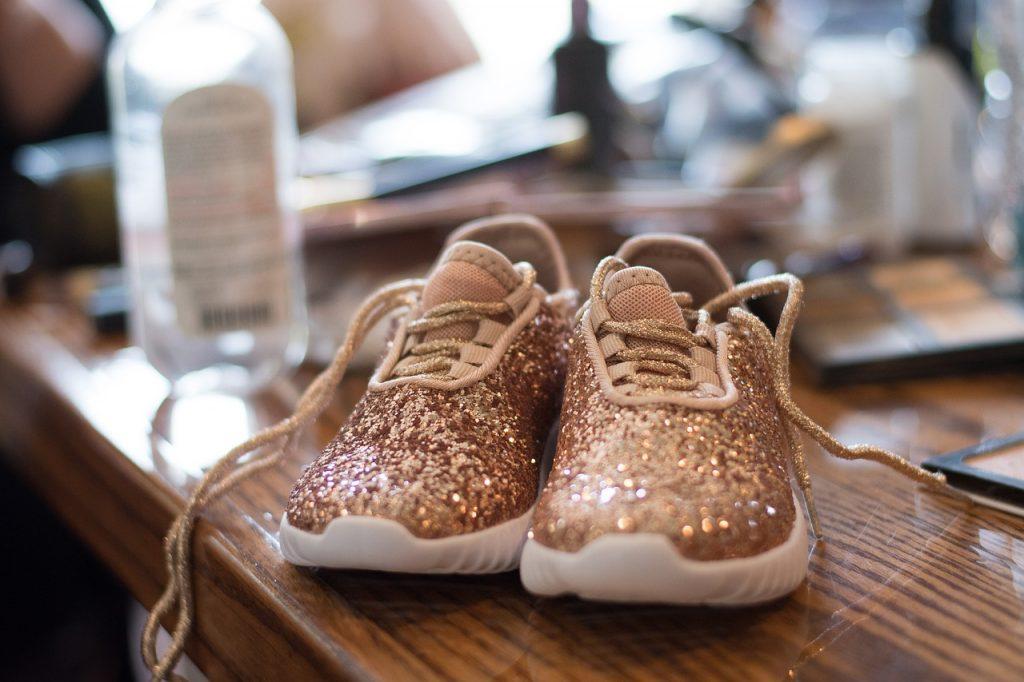 sneakers trends najaar rhinestones