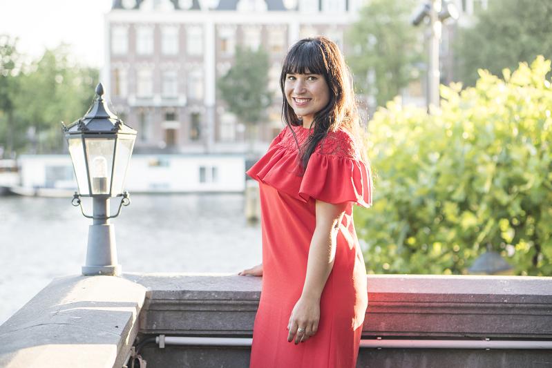 amsterdam selfie rode jurk amstelhotel bloggersdiner leven van een blogger met hersenletsel