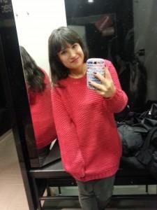 Een selfie in de kleedkamer met mijn cosy trui