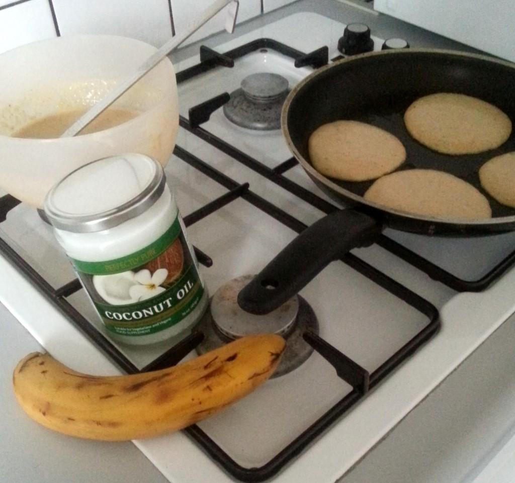 Havermout - honing- banaan pannenkoek in de maak