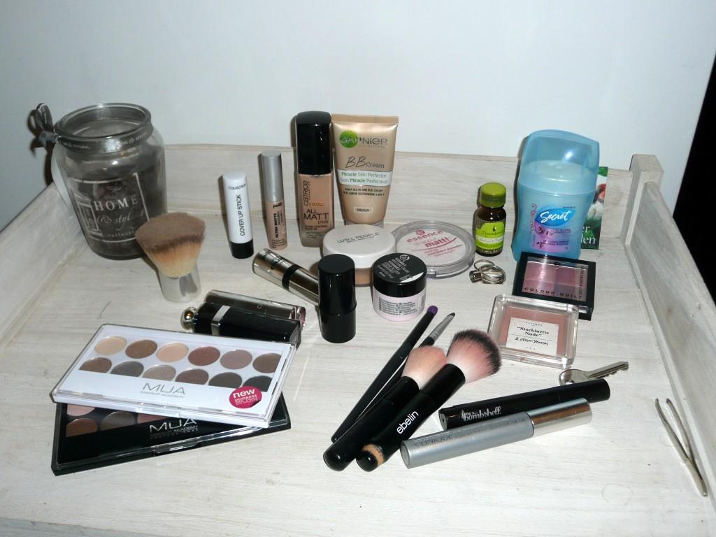 Mijn make- up collectie voor een weekendje weg