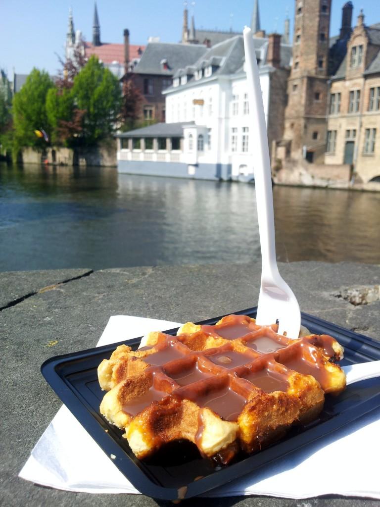 Als je in België bent moet je natuurlijk wel echte wafel eten