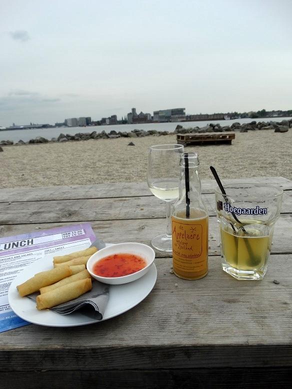 Drankjes, Pllek, Amsterdam
