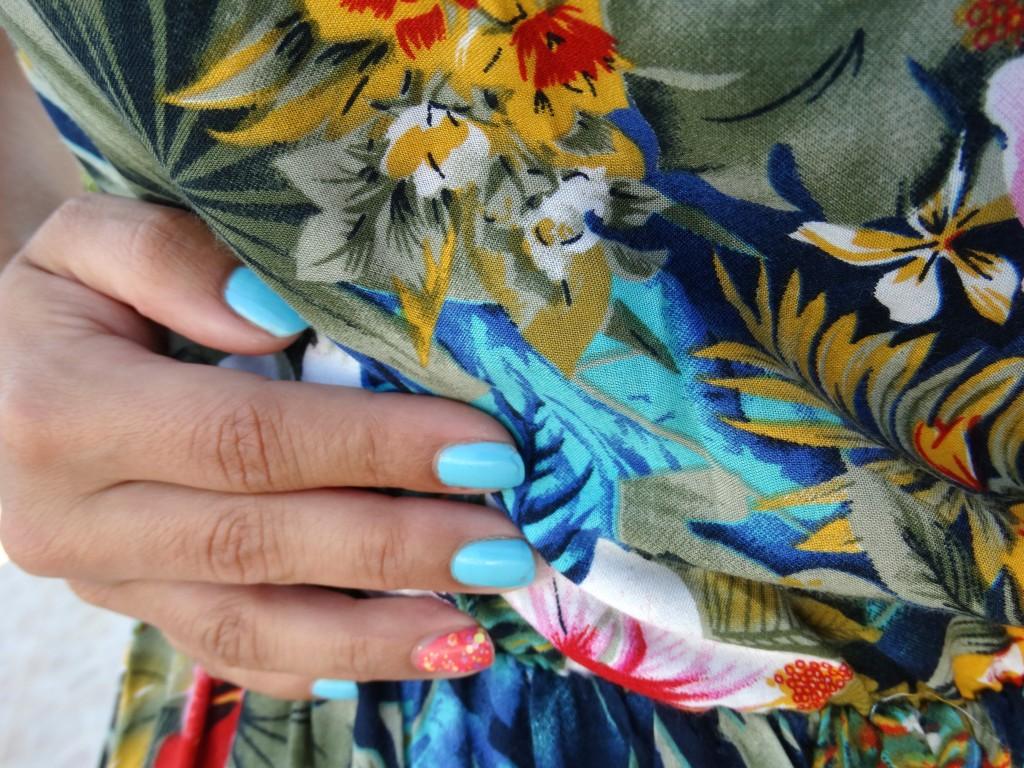 OOTD-nails-dress