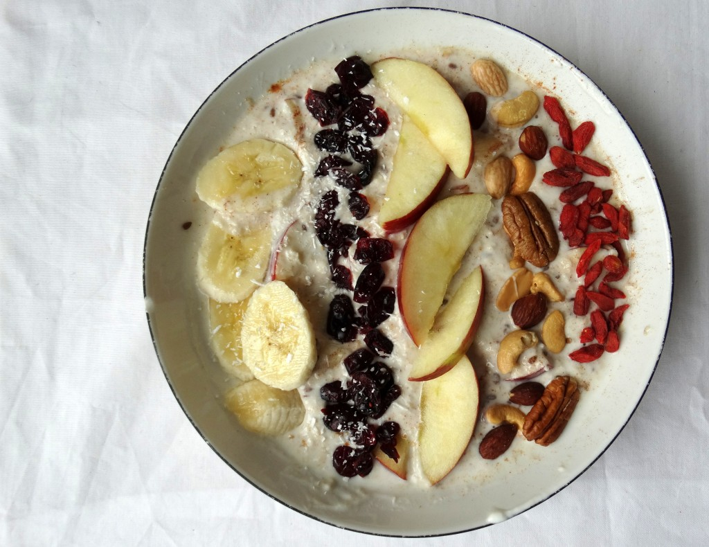 postworkout-Lunch-havermout-fruit-superfood-noten