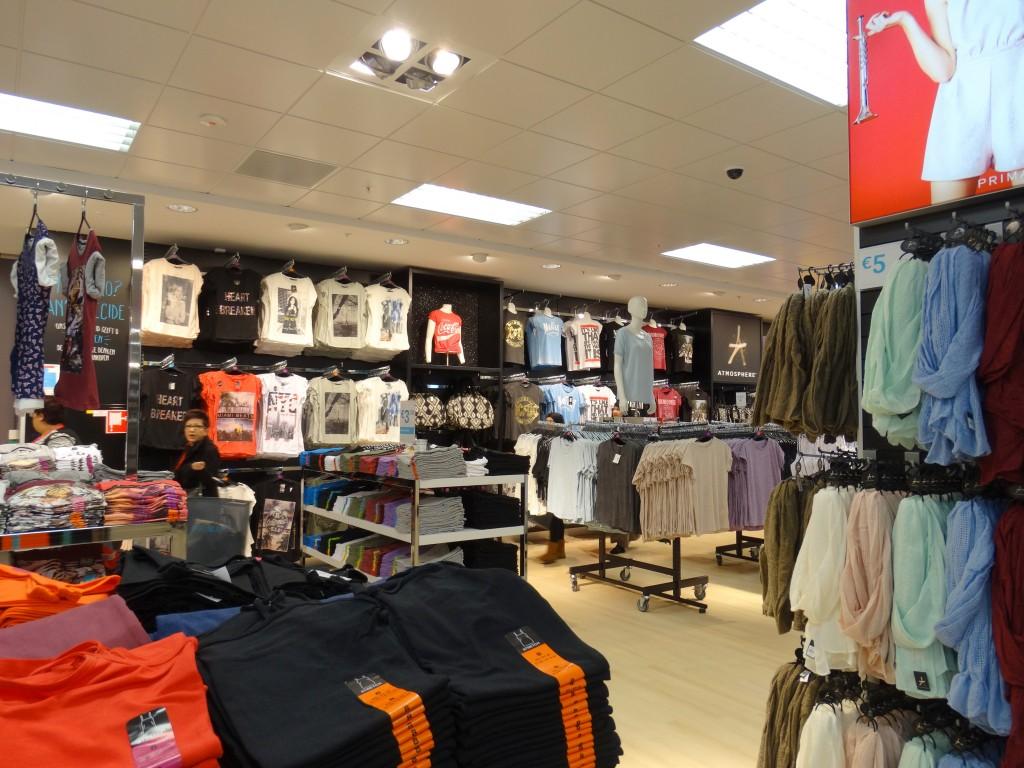 Basics-shirts-primark-rotterdam-zuidplein