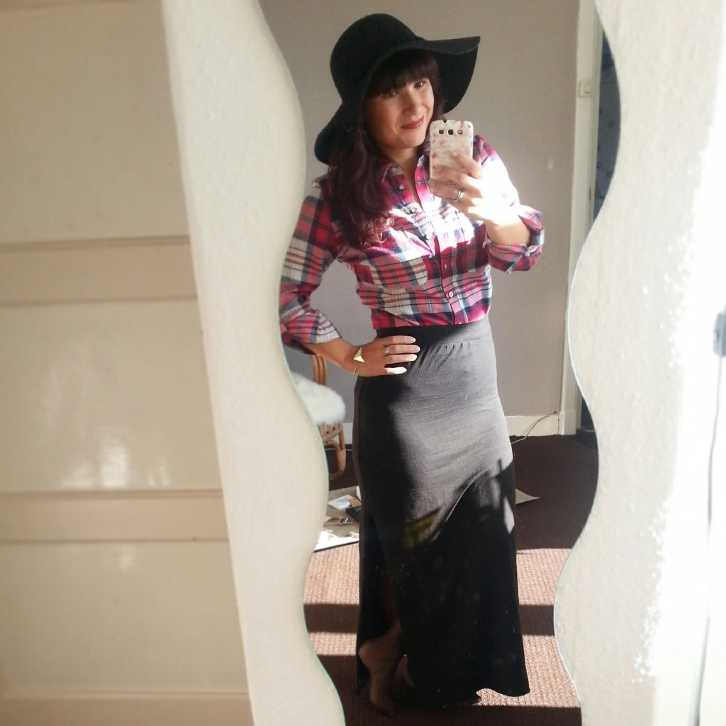 OOTD-tartan-blouse-Primark-maxirok-diary