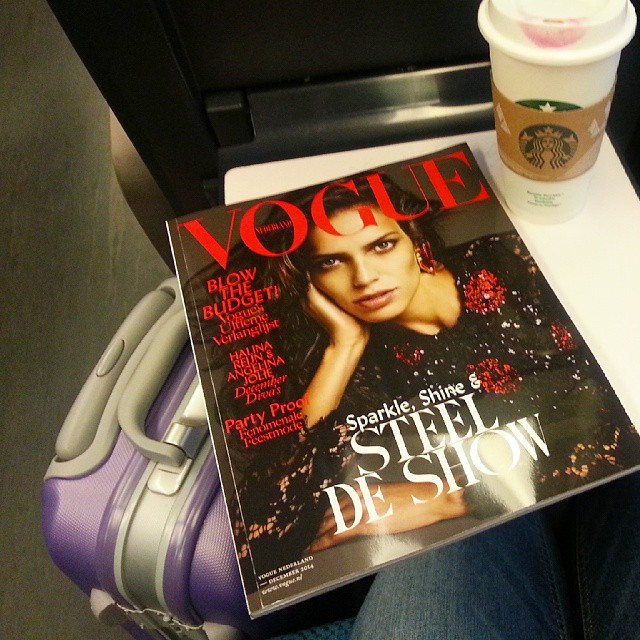 Vogue-starbucks-trein-diaryblog (1)