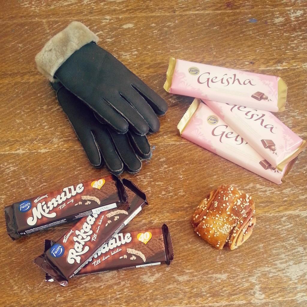 Finland Cadeaus handschoenen van schapenvacht Geisha Kismet Kaneelbroodje