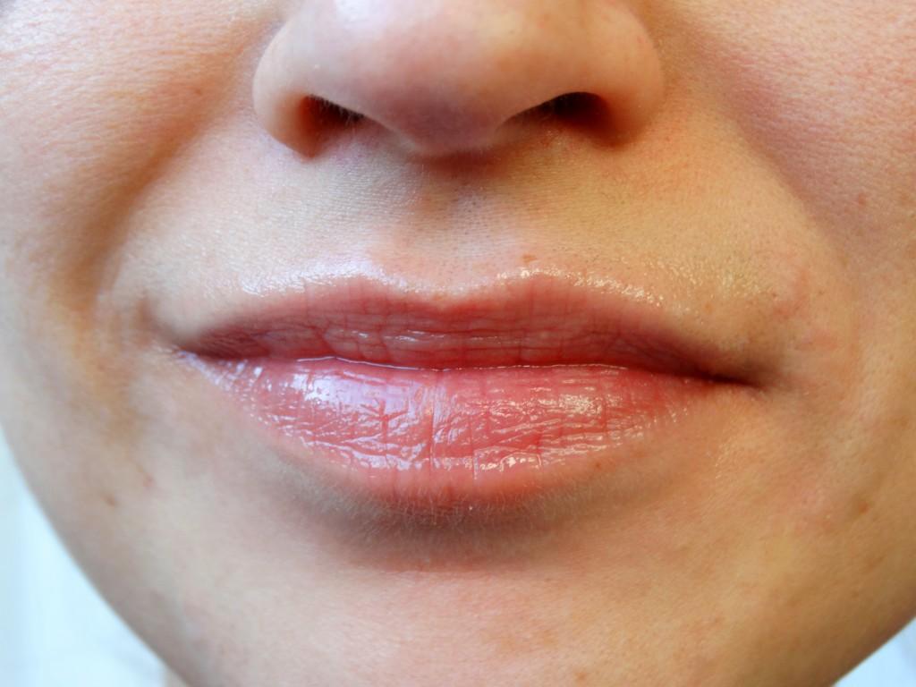 argan olie voedende lippen