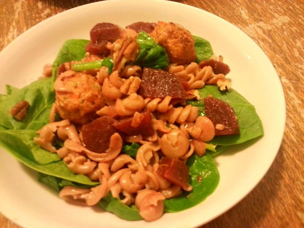 rode-bieten-pasta-spinazie