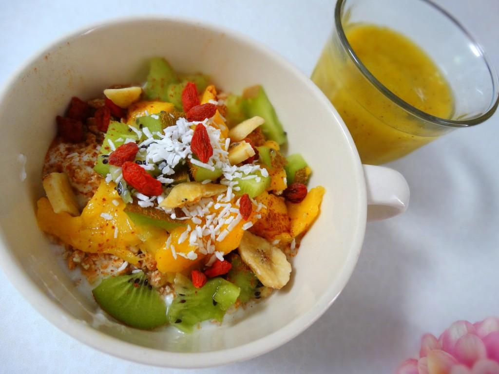 Lunch mango kiwi griekse yoghurt