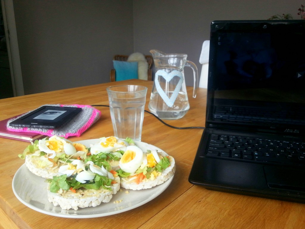 lunch rijstwafel serie kijken