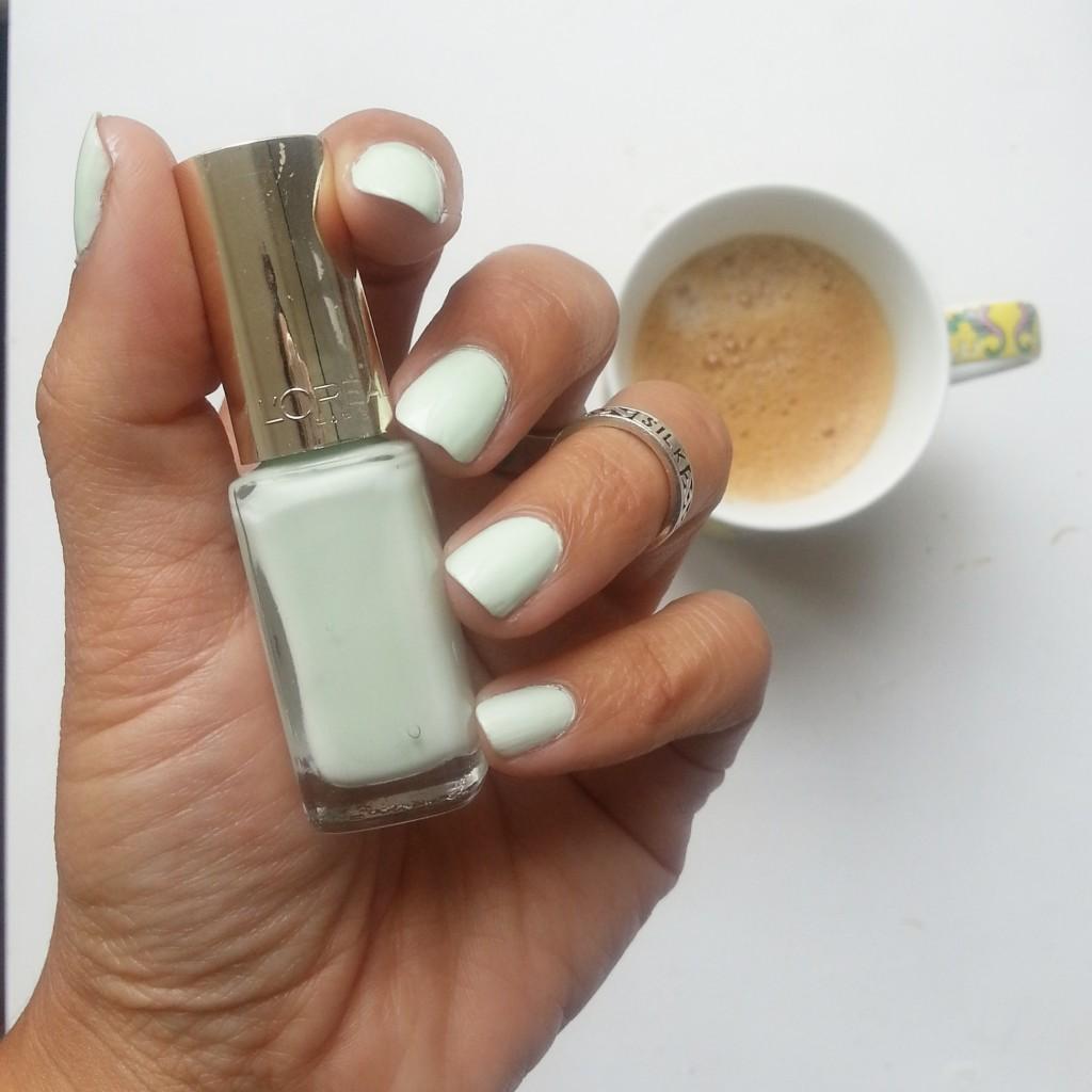 nagellak loreal pistachio drage mint