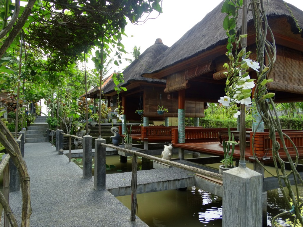 nur guesthouse paviljoen ontbijt plek