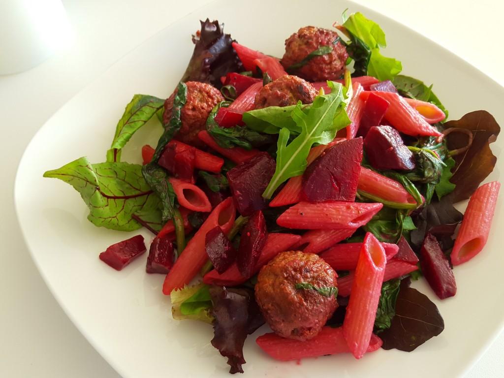 pasta spinazie rode bieten vegan