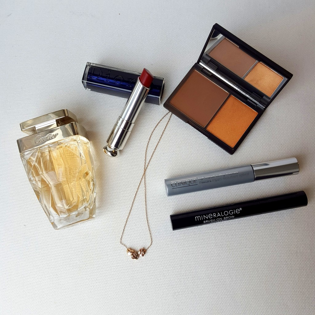 make up essentials cartier dior clinique sleek