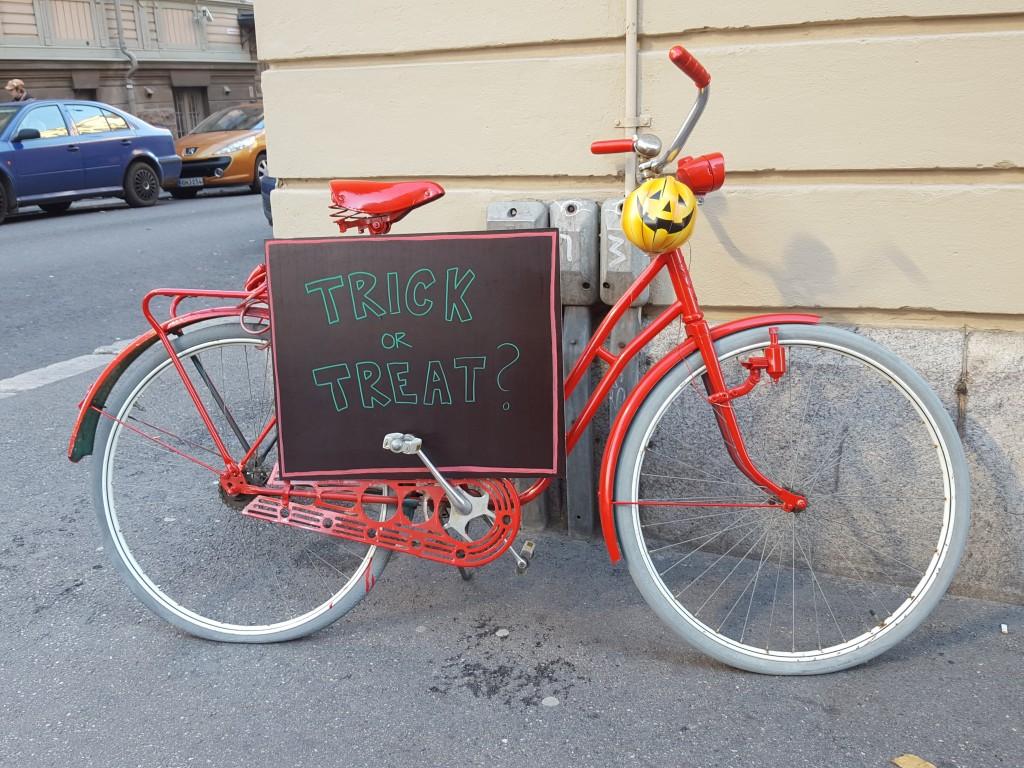 fiets helsinki halloween