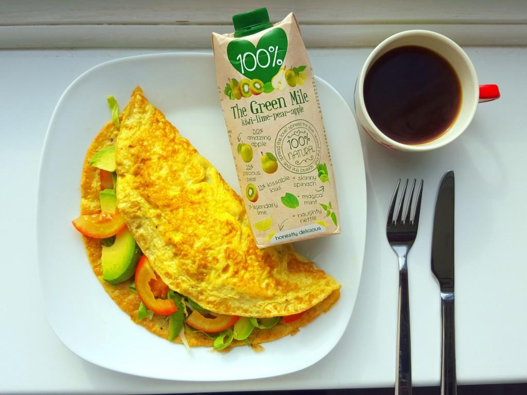 gevulde omelet 100 sap en koffie