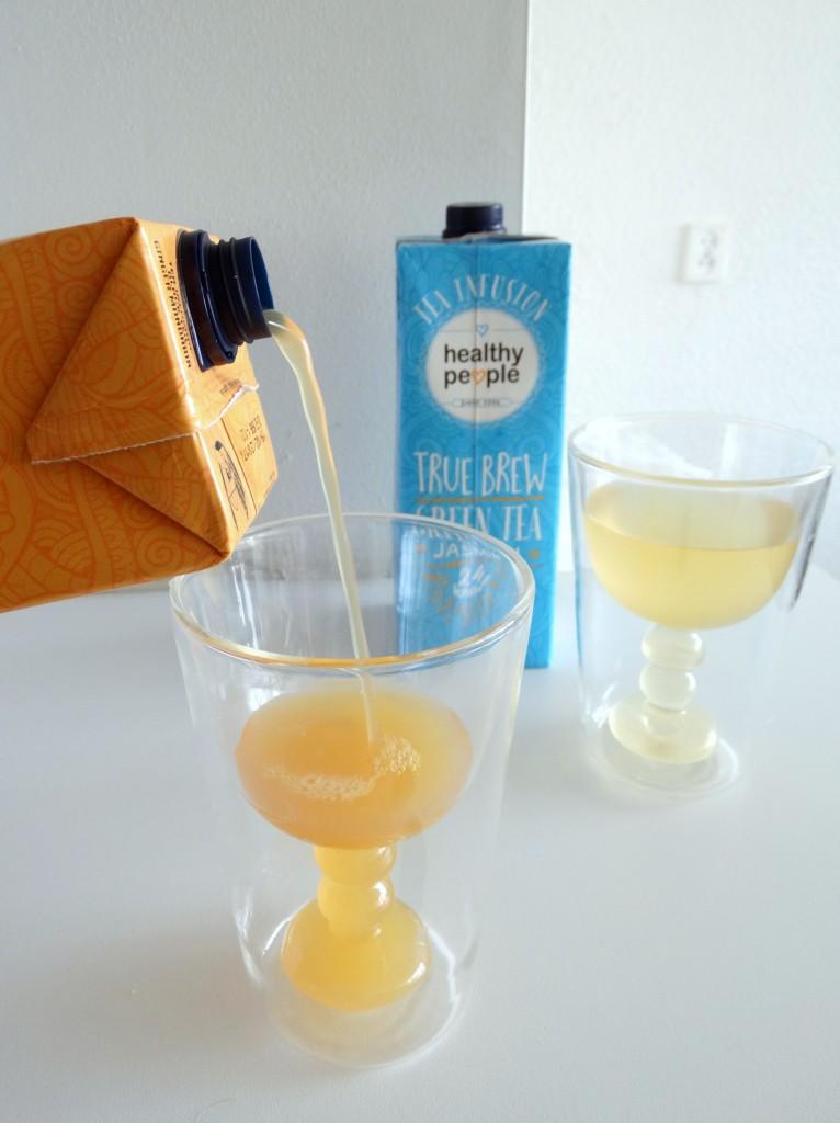 hoe je tea infusion moet schenken