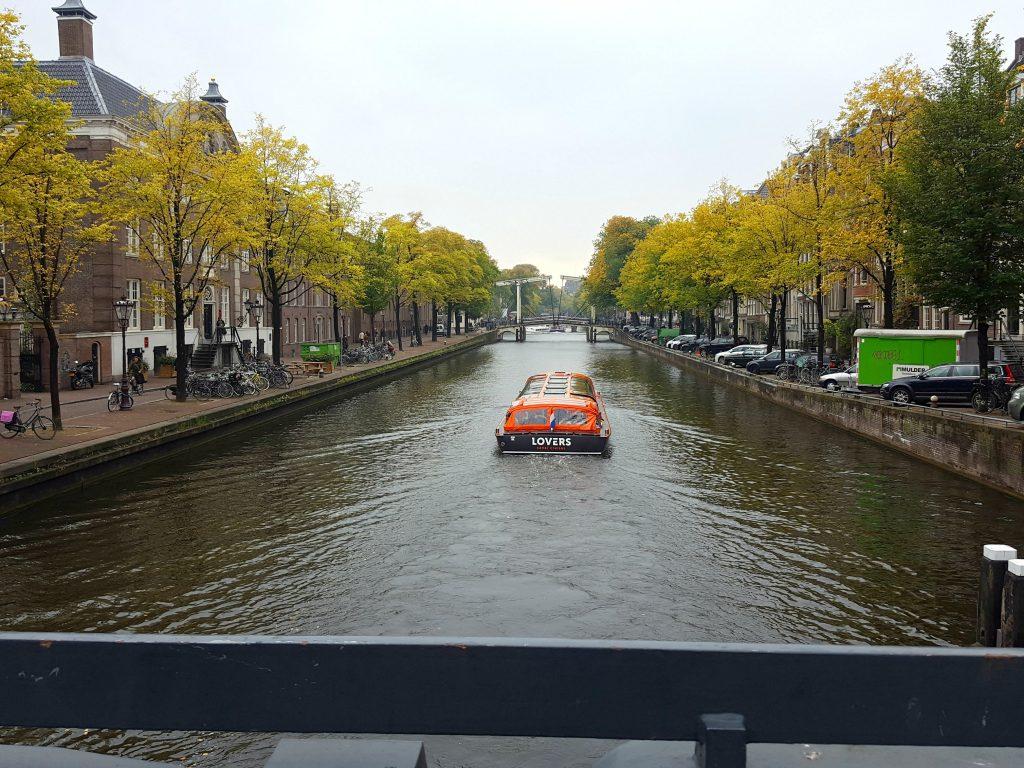 amsterdam-kanaal-herfst