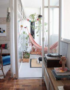 Tropical hangmat in huis