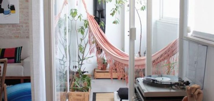 Tropical hangmat in huis