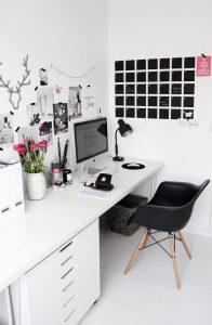 werkkamer-inspiratie-groot-bureau
