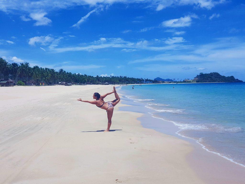 filipijnen strand bikini nacpan beach el nido