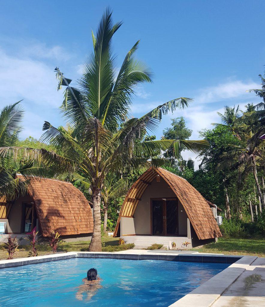 rustige reisroute door bali, guesthouse, nusa penida apit lawang zwemmen indonesie