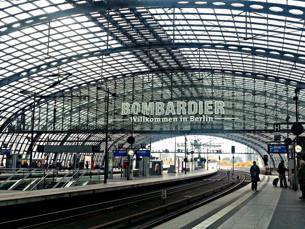 bombardier hoofdstation berlijn db vervoersmiddelen op vakantie trein