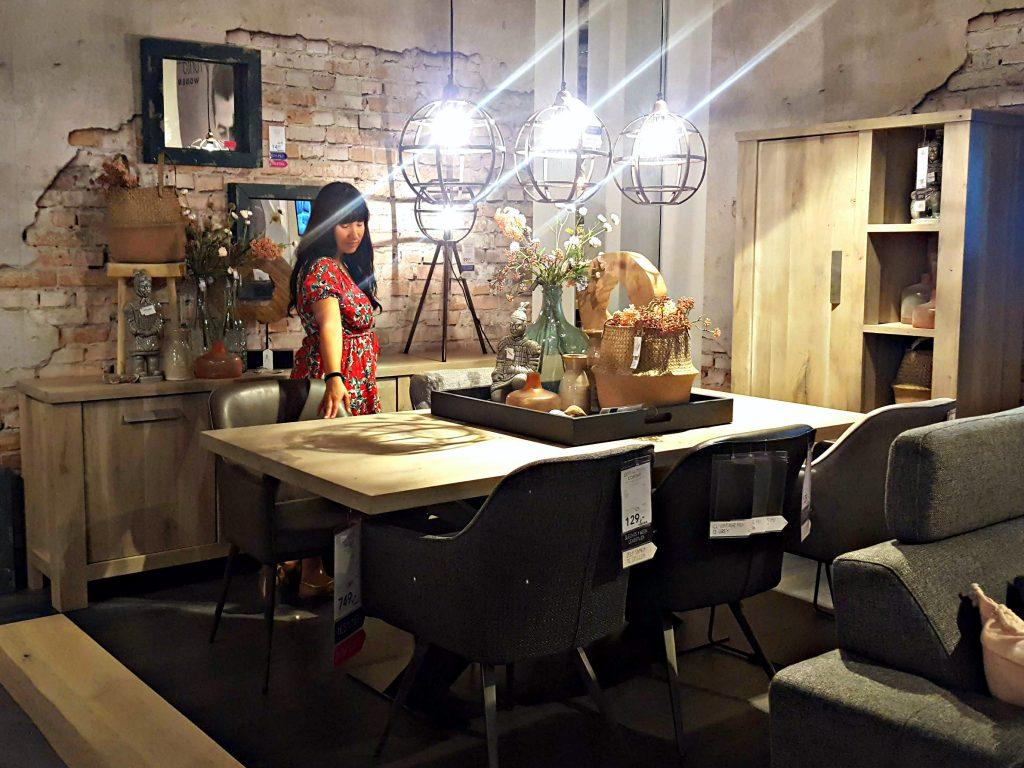 woonwinkelen industriele tafel inrichten huis