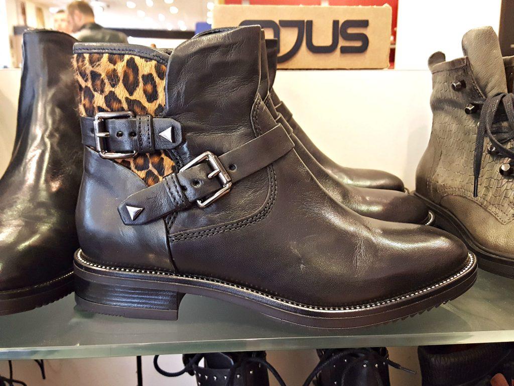 enkellaarjes panter boots schuurman schoenen herfst outfit
