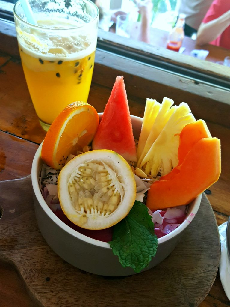 fruit smoothie bowl shady shack hotspot canggu bali