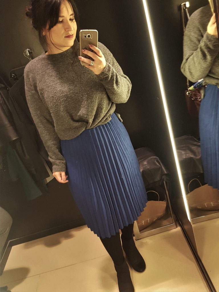 plisse rok oversized trui rok in de winter fashion ootd
