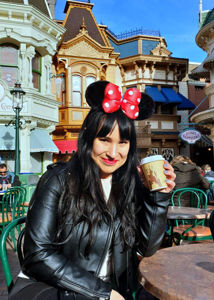 disneyland parijs koffie reizen rusten happy