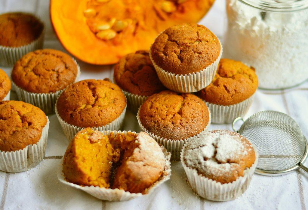 pompoengerechten- muffins-2951757_1920